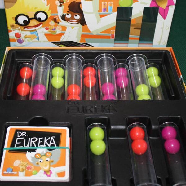 Д-р Еврика - детска настолна игра - компоненти