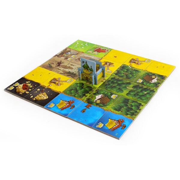 Кингдомино - семейна бордова игра - игрално поле
